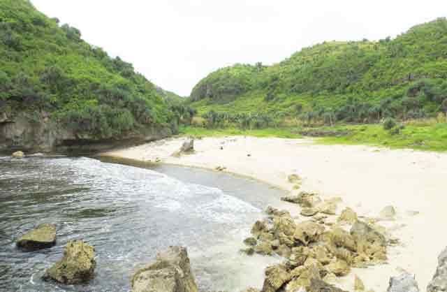 pantai kayu arum yogyakarta