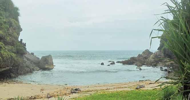 Pantai-Torohudan-Gunung-Kidul-yogyakarta