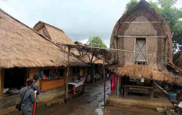 image by : lombokbulanmadu.com/