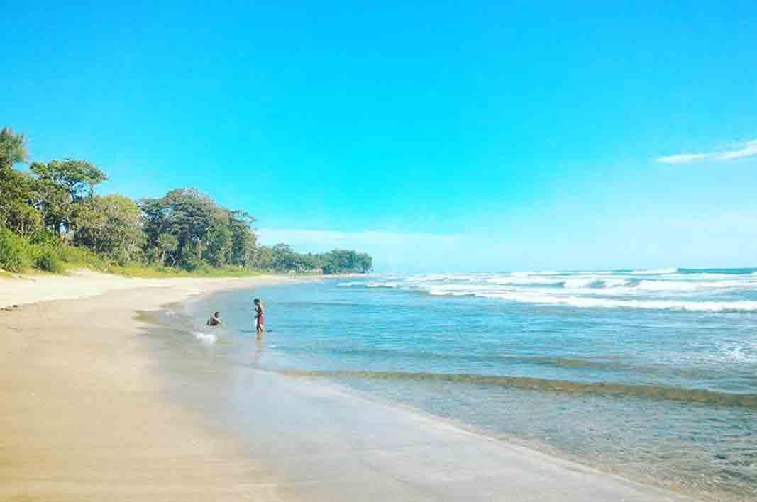 tempat wisata pantai tasikmalaya