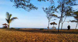 wisata pantai bopong kebumen