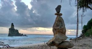 wisata pantai buyutan