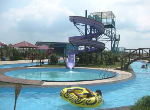 waterboom menarik di batam