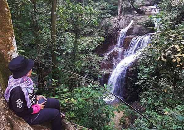 waterfal meanrik di gombak